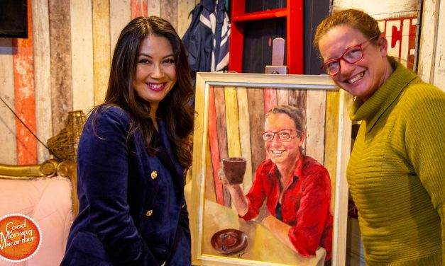 Bar Centrale's Sonya comes face to face with Xinh's stunning portrait of her